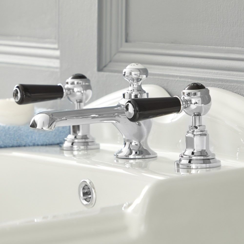 The Elizabeth Brassware Collection